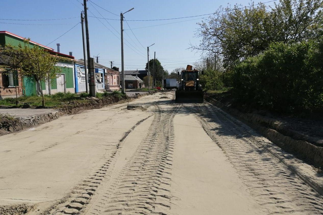 В городе Таганроге в рамках нацпроекта дополнительно реконструируют 15-й Новый переулок