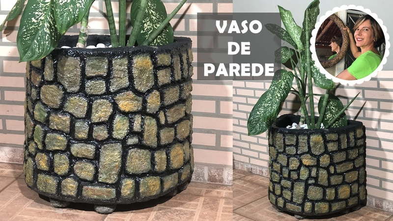 DIY - VASO GRANDE, DE PAREDE, IMITANDO PEDRAS com cimento e isopor