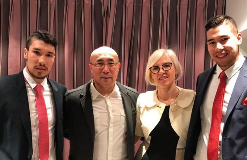 Семья Дуйшебаевых