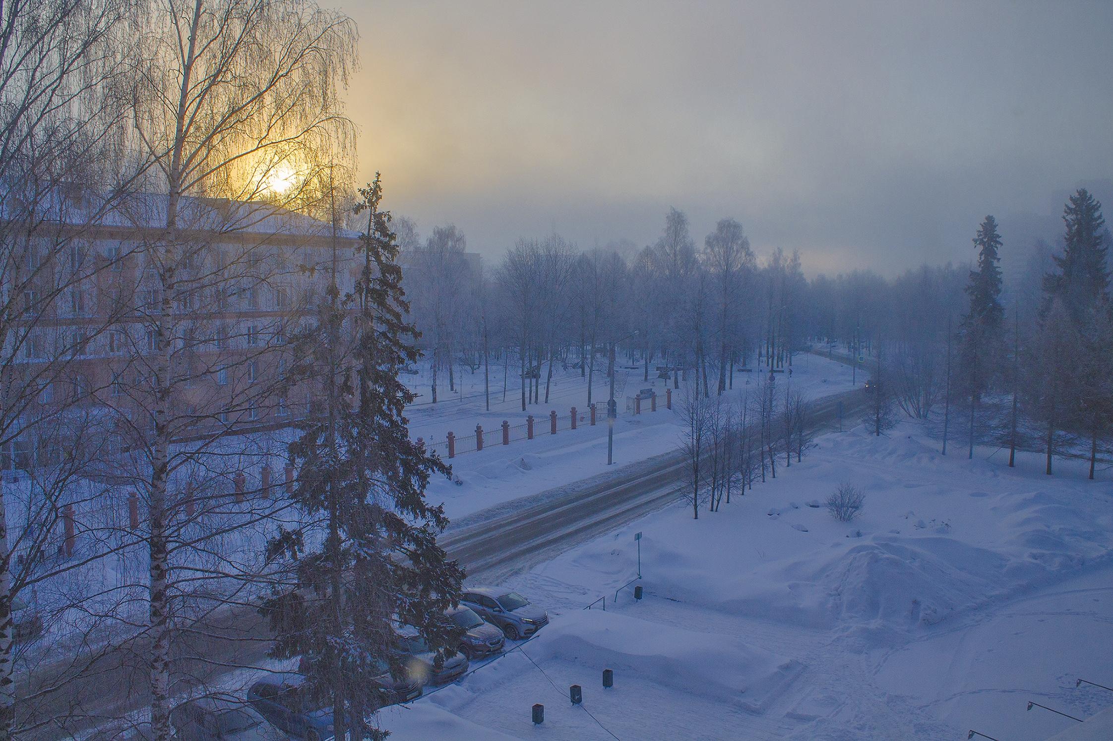 Морозные туманы, март, городок Металургов, Ижевск