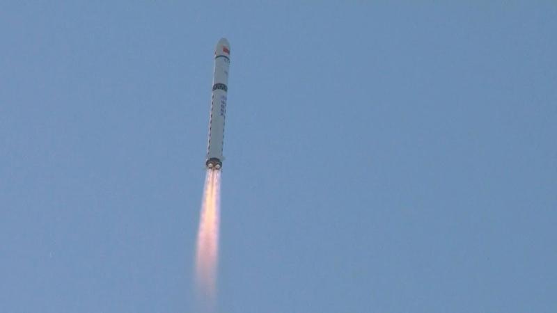 Long March-2D launches Shiyan-6 02