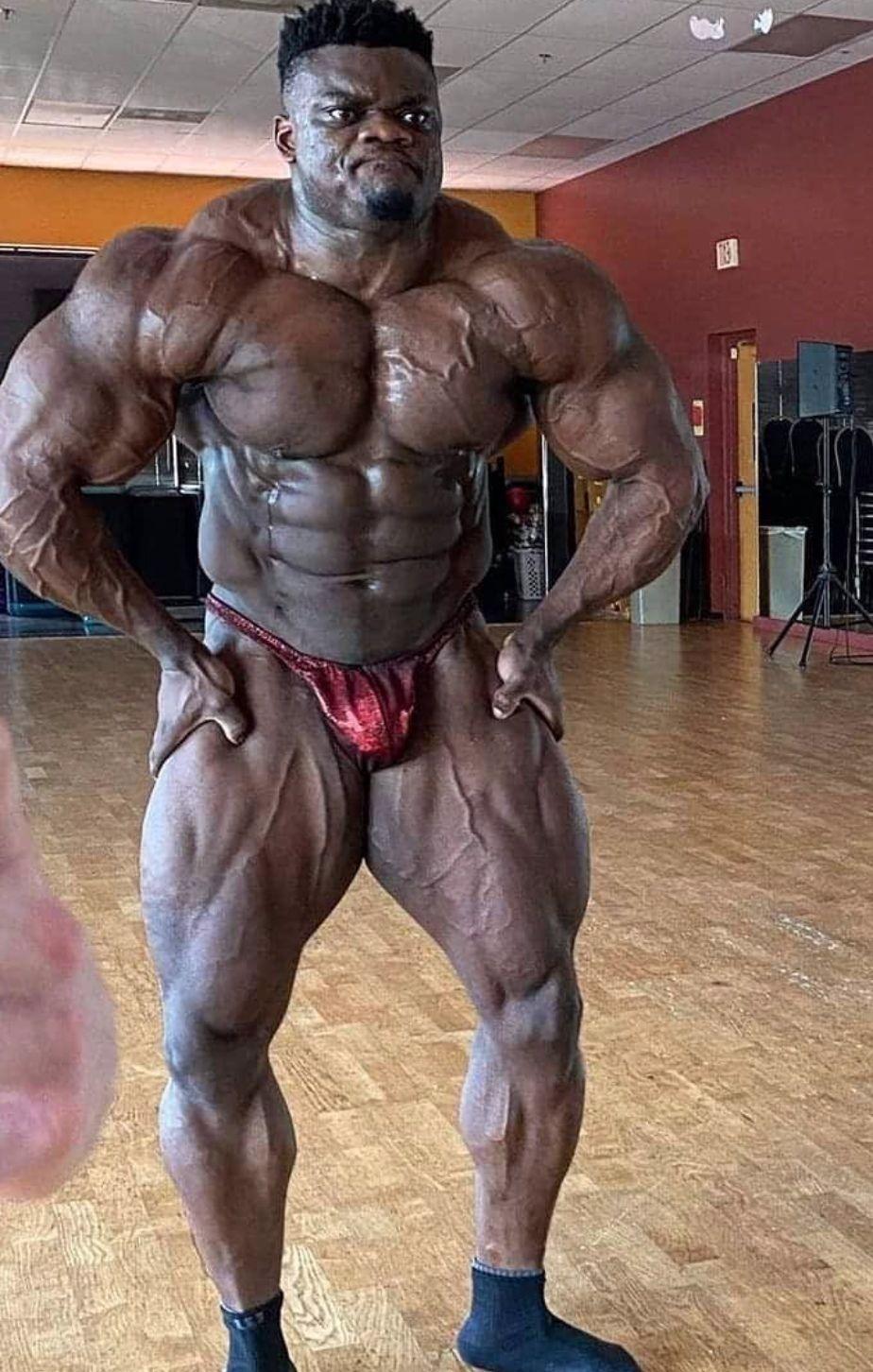 124 кг мышечной массы