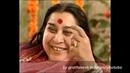 Hridya Aanad Hey Chaya singing in front of Shree Mataji