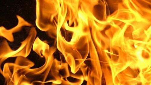 В селе Озёрки ночью сгорела бесхозная баня