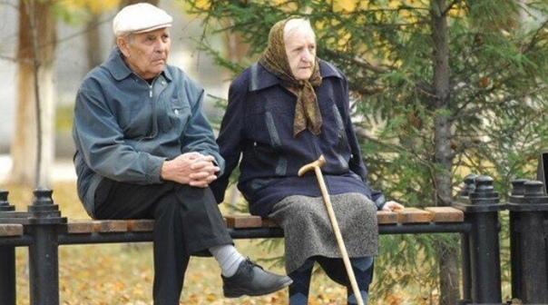 Пенсионер застрелил таксиста из-за громкой музыки Нелепый трагический инцидент случился в Климовске Тульской области. Мужчине-пенсионеру не понравилась громкая музыка, раздававшаяся из