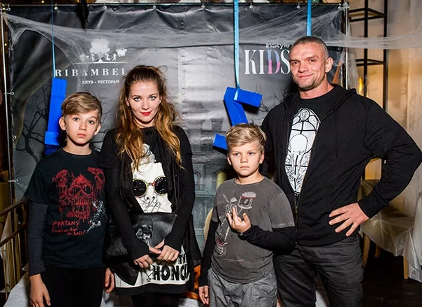 Владимир Епифанцев бросил жену с детьми и не поддерживает с ними связь Кроме того, недавно заявил:«Детей больше не