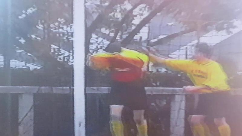 Гол в ворота хорватов на турнире во Франции забил Александр Меделяев Вымпел Королев 2003г