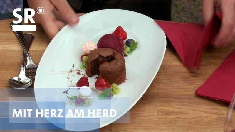 Mit Herz am Herd Halbflüssiger Schokoladenkuchen mit Rotweinsorbet