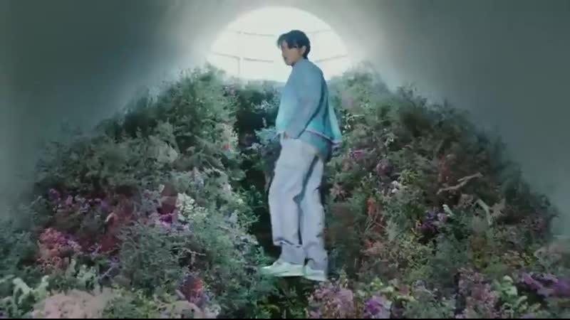 200117 Wu Yi Fan @ Louis Vuitton Secret Garden CF