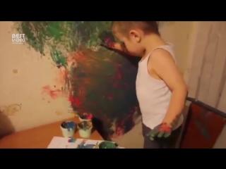 Как мальчик рисует