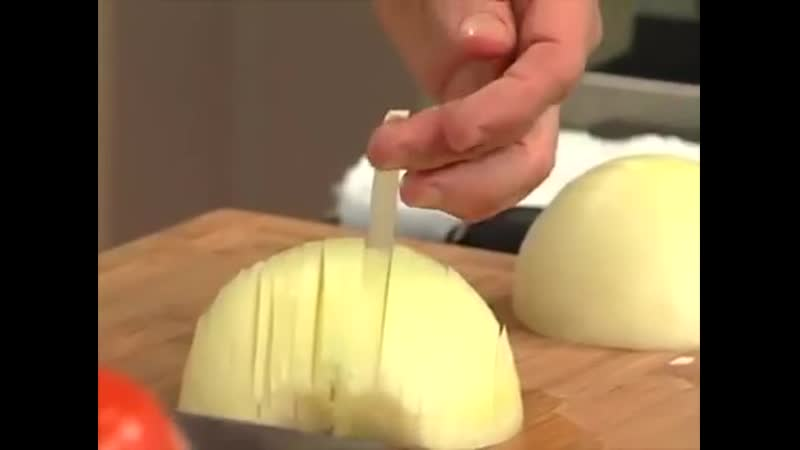 Dare you to ask a French person to say onion
