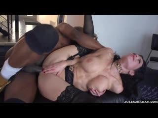 Veronica Avluv, mature anal porno