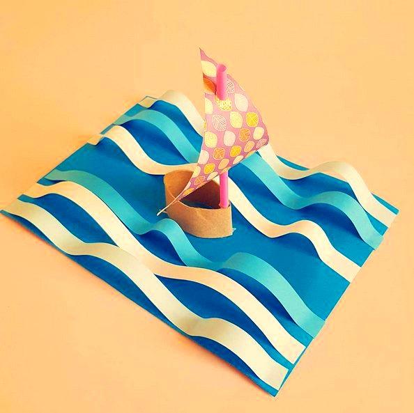 ПОДАРОК ПАПЕ СВОИМИ РУКАМИ. Оригинальная объемная аппликация Кораблик , выполненная из цветной бумаги, картонной втулки и пластиковой трубочки. Такую поделку можно подарить папе или дедушки на