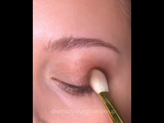 Очень красивая идея для новогоднего макияжа