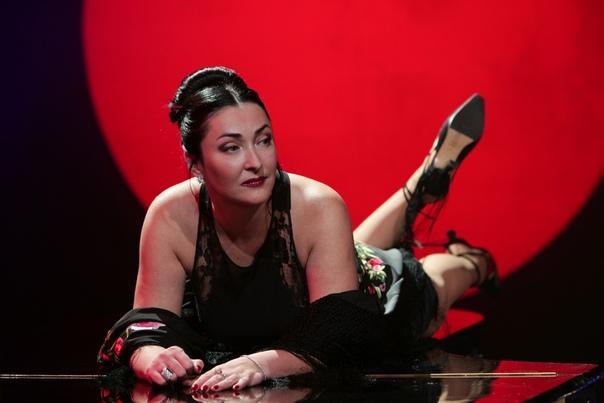Лолита Милявская заявила, что намеренна в этом году спать со всеми.