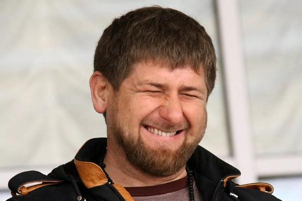 Рамзан Кадыров заявил, что за оскорбления в соц сетях нужно убивать, но в Кремле ответили, что проверять эти слова не будут.Пресс-секретарь президента РФ Дмитрий Песков сделал заявление, что в