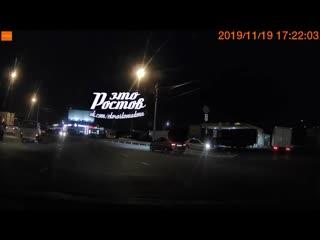 ДТП на Шолохова на кольце в районе Алмаза -  - Это Ростов-на-Дону!