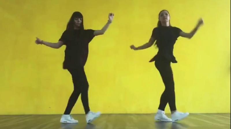 Pakito Ice Mc Living on Video Rainy Day DJ Карабас тм MashUp Shuffle Evrodance 90 s Hits