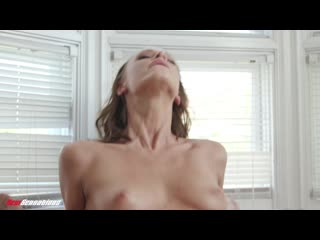 [NewSensations] Emma Hix - Emma Has A Going Away Present