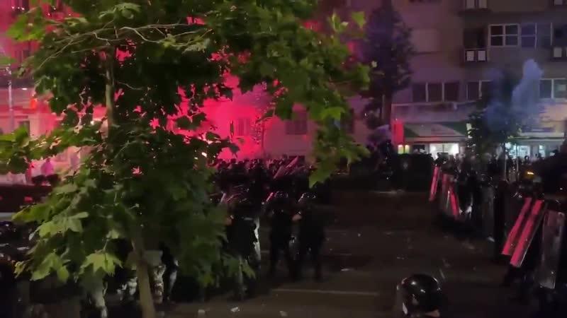 Глава МВД Сербии Небойша Стефанович заявил что протесты в Сербии связаны с попыткой захватить власть без выборов