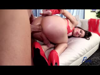 Carrie Emberlyn - The Best ValentineS Present _480p