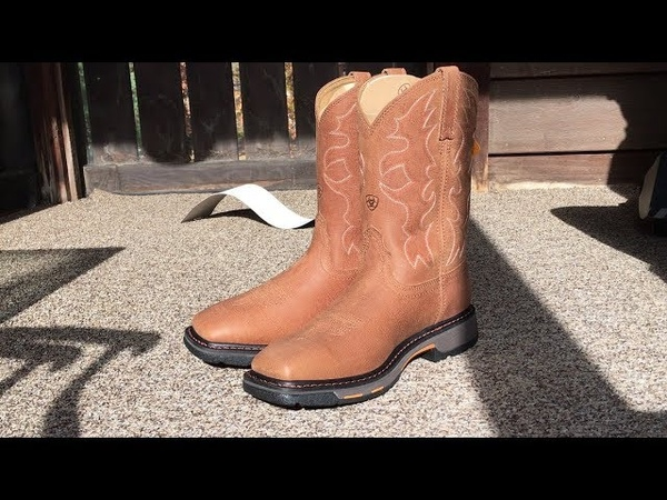 Ariat Men's Workhog Wide Square Toe Work Western Cowboy Boots