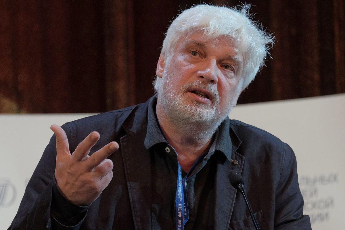 Сегодня свой день рождения отмечает Брусникин Дмитрий Владимирович.