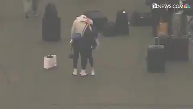 Леброн Джеймс плачет из-за смерти Коби Брайанта [NR]
