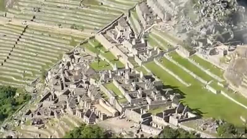 Climbing-the-Stairs-of-Death-at-Huayna-Picchu-Peru.mp4