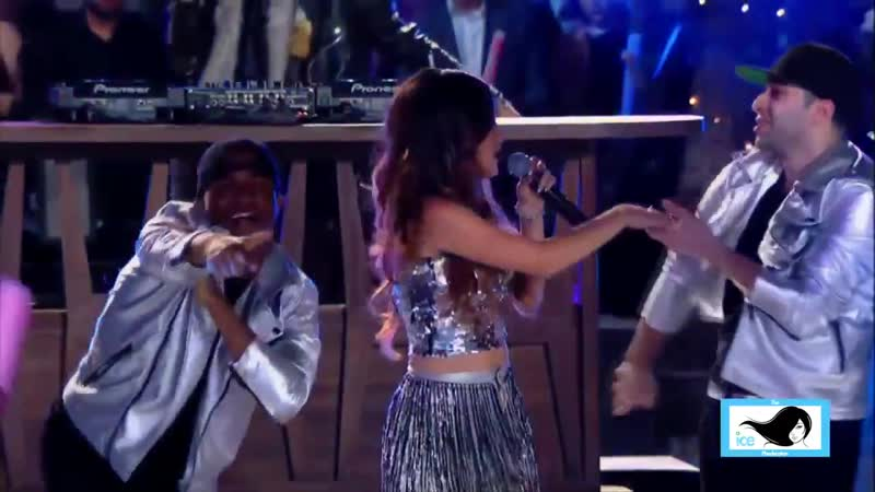 Becky G NYE 15 Cant Stop Dancin Shower