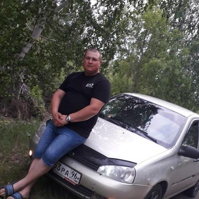 Николай, 27, Kargapol'ye