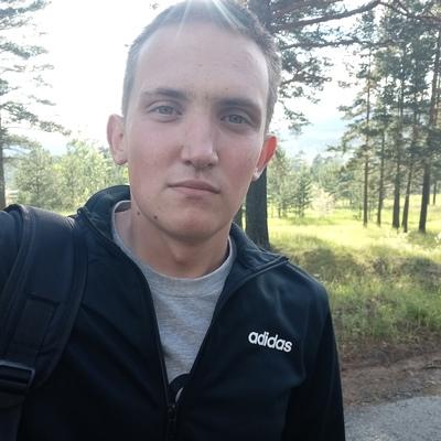 Илья, 22, Ostroga