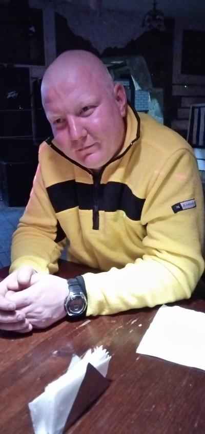 Олег, 27, Kez