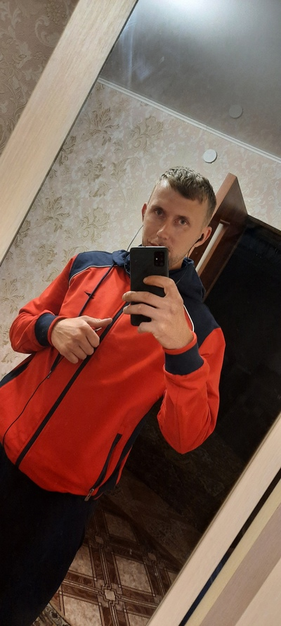 Максим, 26, L'govskiy