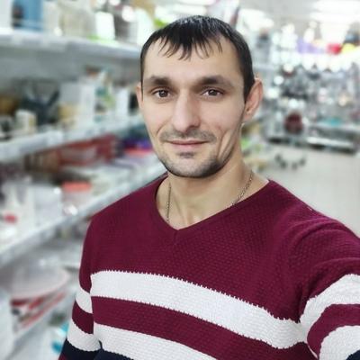 Maksim-Georgievich, 34, Tisul'