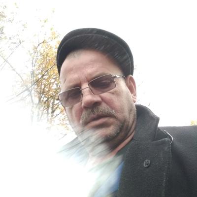 Иван, 54, Valday