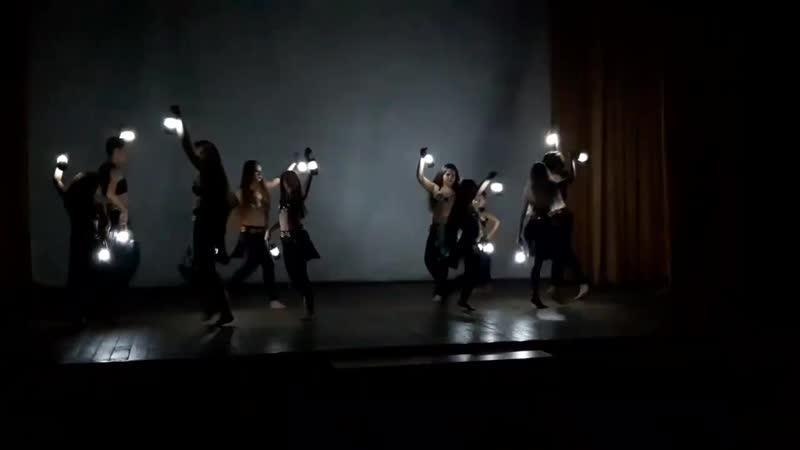 116.Танцевальная Атмосфера «DANCE WORLD» г. Мурманск_Трайбл фьюжнн с фонариками_формейшн Дети 2 продолжающие