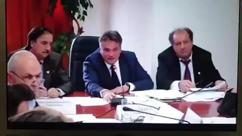 Un Medic Din România Are Curajul Sa Spună Adevărul Despre Vaccin In Comitetul de.mp4